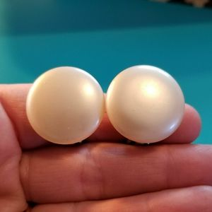 Vintage clip back earrings white pearl circle
